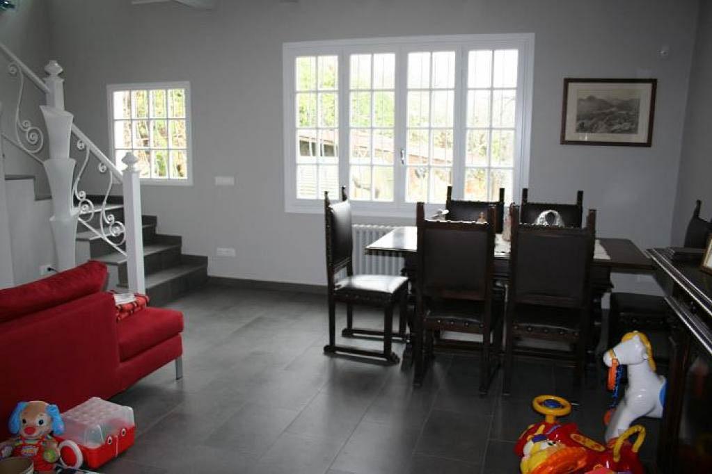 Sanremo vendita casa indipendente su 2 livelli ristrutturata