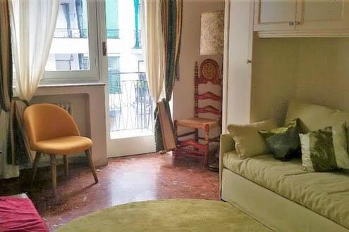 Sanremo Via P.Agosti vendesi appartamento in perfetto ordine