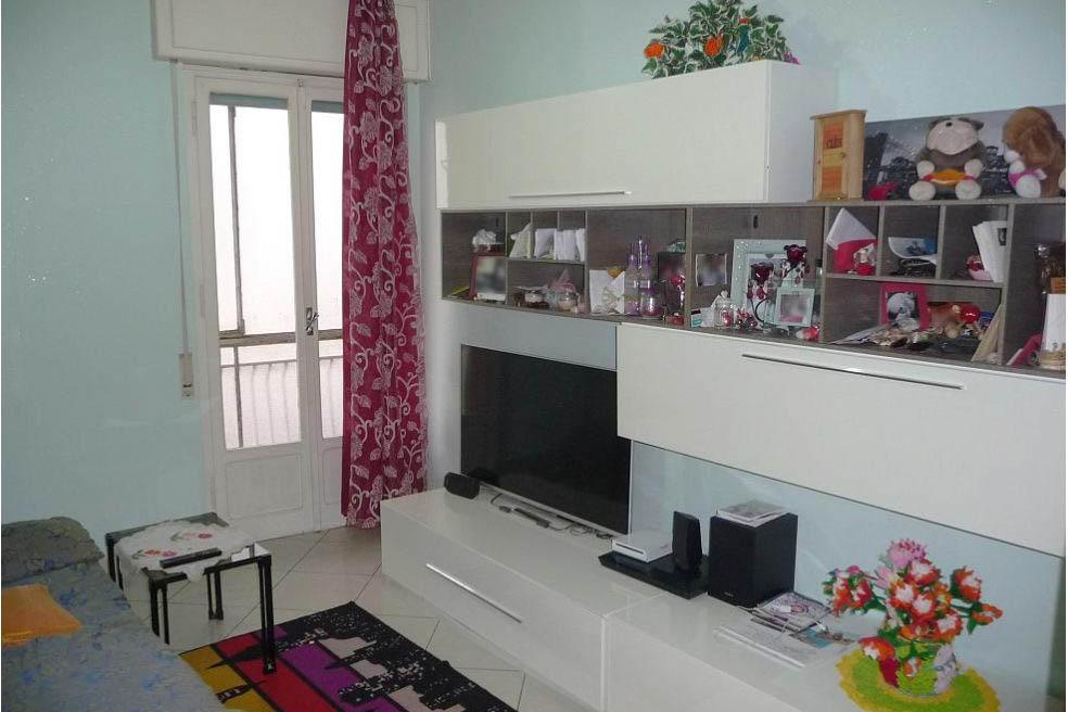 Sanremo vendita appartamento centrale con terrazzo