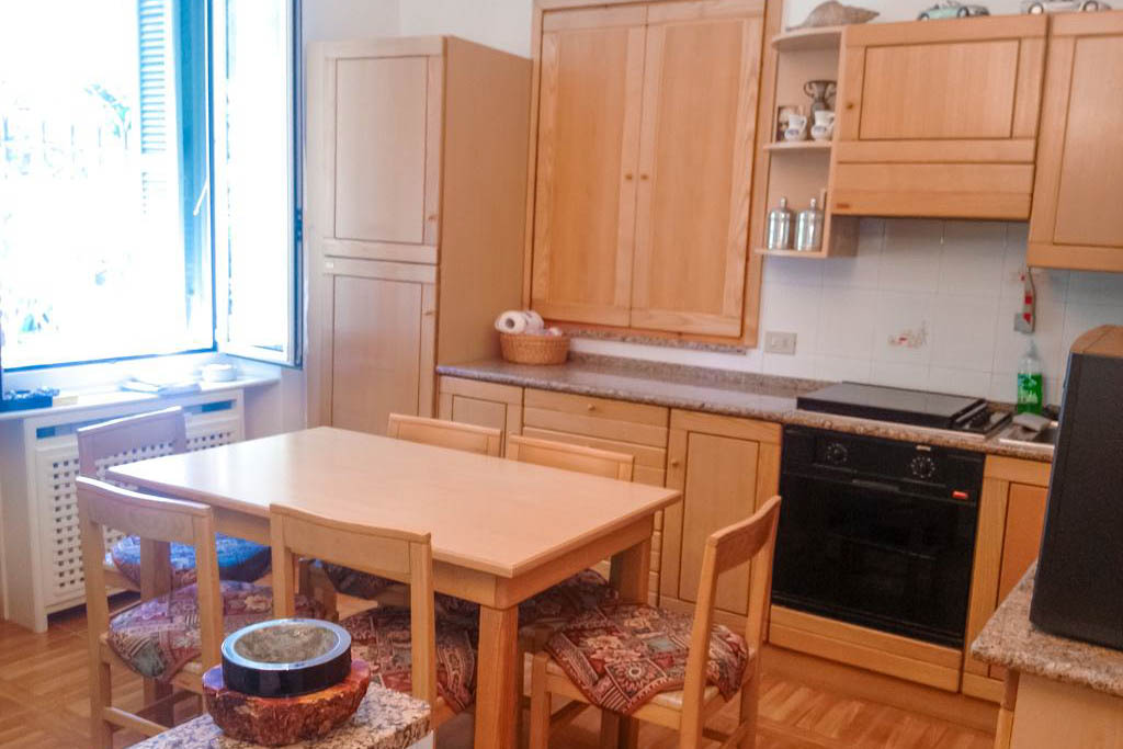 Sanremo centralissimo Bilocale in vendita ristrutturato, perfetto come casa vacanza