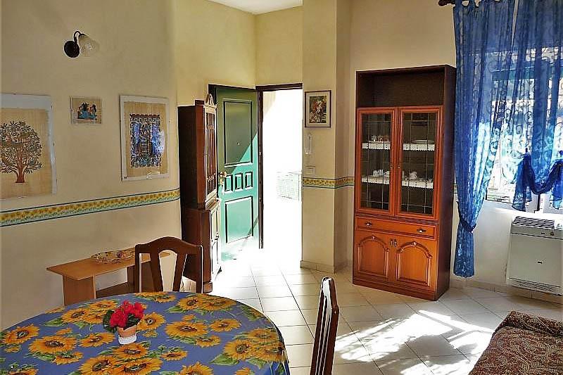 Sanremo appartamento in vendita con ingresso indipendente e centrale