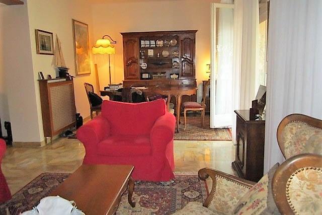 Sanremo : Via Goethe zona comune vendita appartamento attico con grande terrazza e box auto