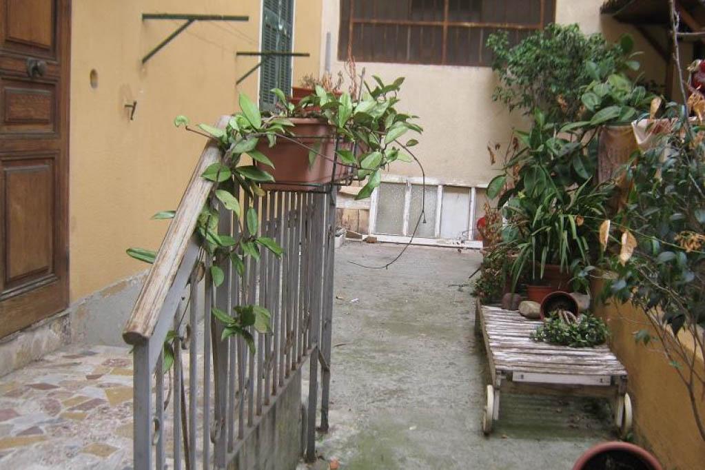 Sanremo vendita appartamento con ingresso indipendente.
