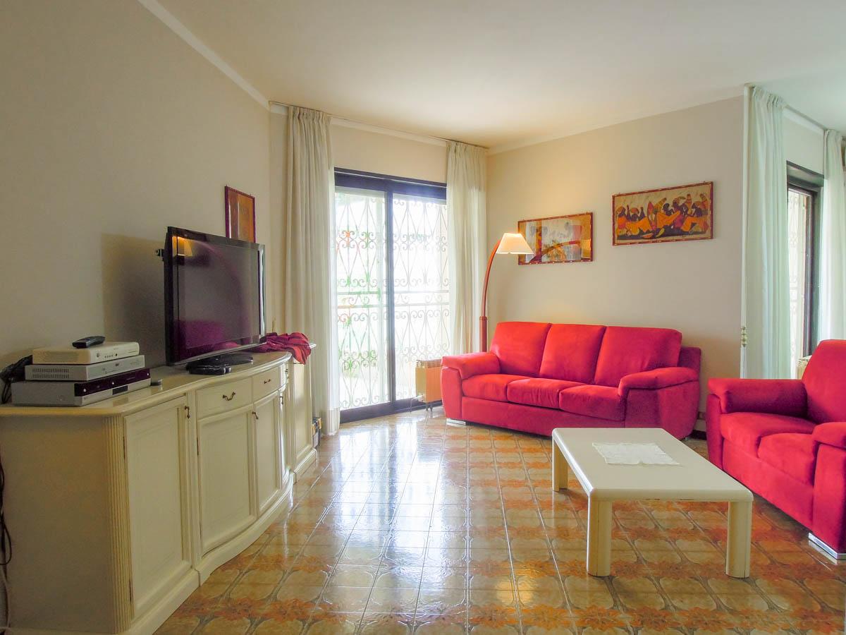 Sanremo vendita appartamento residenziale con giardino