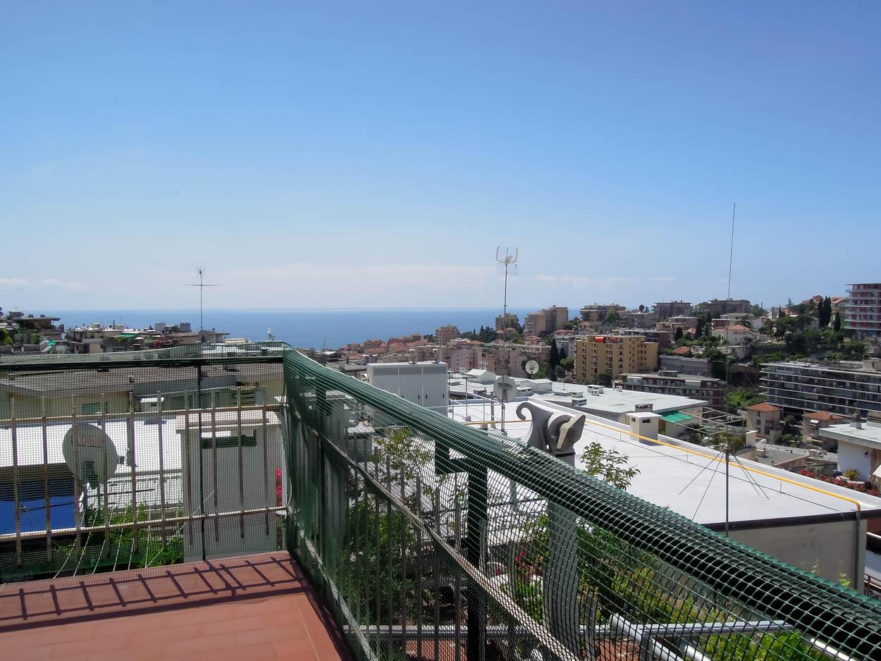 Sanremo: Via Galilei, Bilocale con vista panoramica mare e monti