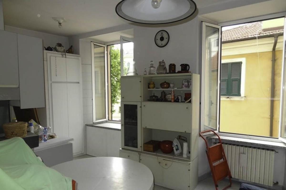 Sanremo Centralissimo vendita appartamento ideale come prima casa o ufficio