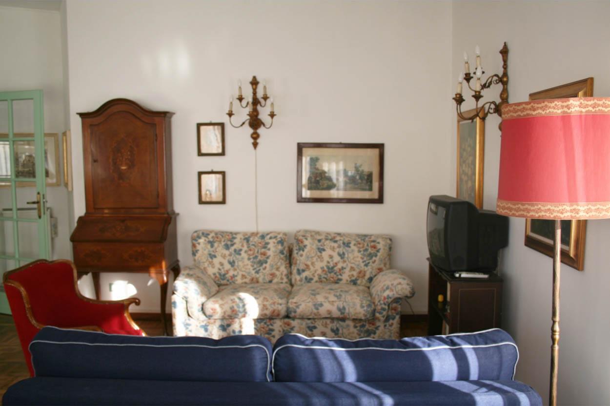 Sanremo affittasi appartamento residenziale con box