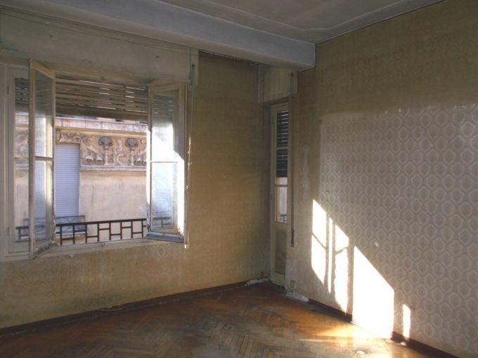 Sanremo vendita trilocale centralissimo da ristrutturare